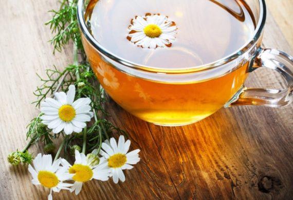 Kilka przepisów na herbate z rumianku