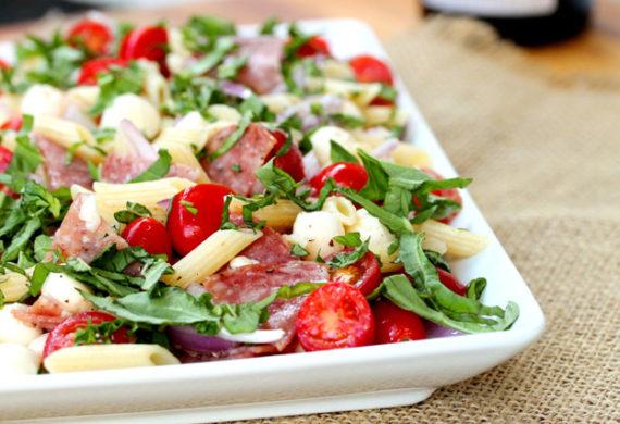 salatka-warzywna-z-salami