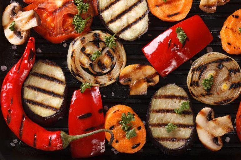 7899602-warzywa-z-grilla-900-665