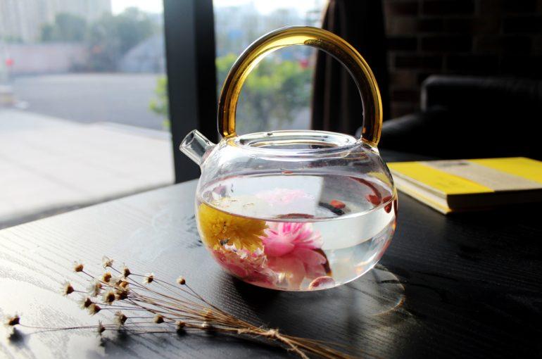 tea-rose-corolla-1871837_1920