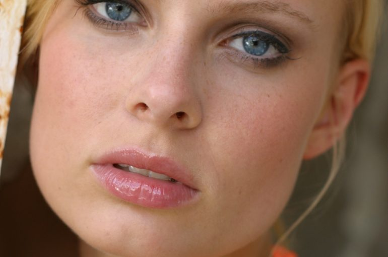attractive-beautiful-beauty-636736