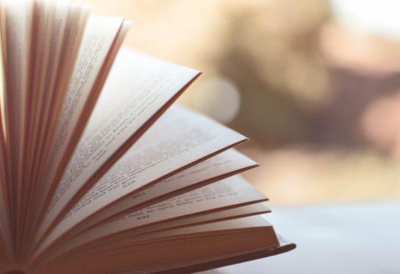 Jakie książki czytać jesienią?