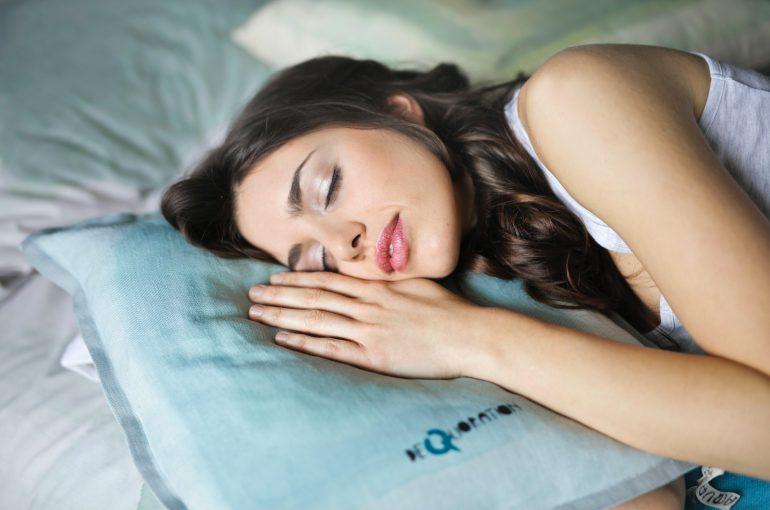 jak dobrze się wysypiać - polki w sieci