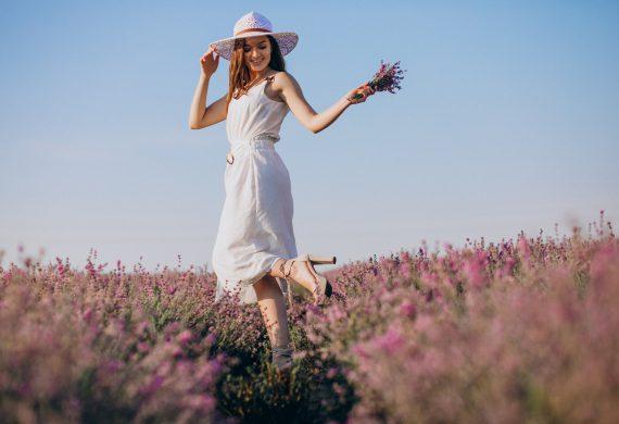 Modne sukienki na wiosnę 2021